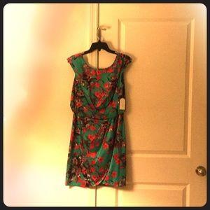 NWT Jessica Simpson Suzie floral dress
